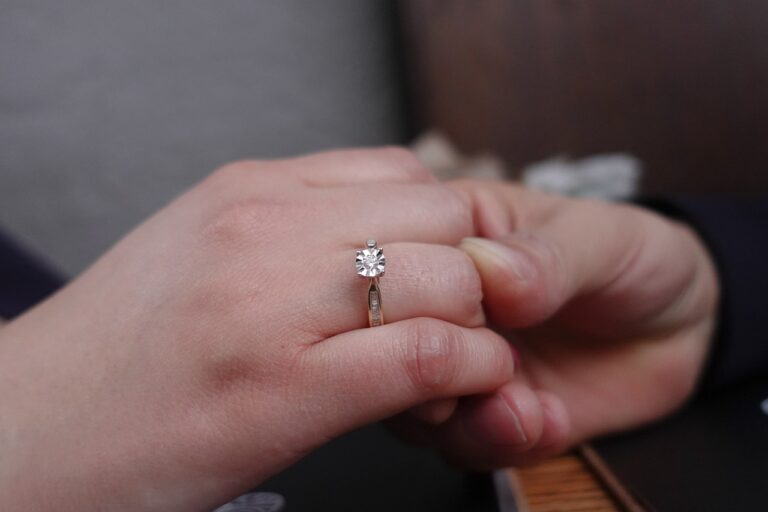 A guide to choosing an engagement ring